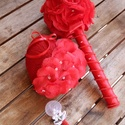 Menyasszonyi csokor,örökcsokor,kitűző és gyűrűtartó szett., Dekoráció, Esküvő, Esküvői csokor, Esküvői dekoráció, Virágkötés, Örökké tartó csokrok.   Gyönyörű  menyasszonyi csokor,csipkével,szaténnal,muszlinnal,virágokkal,gyö..., Meska