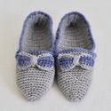 Női horgolt házi papucs, mamuszka, szoba cipő, Ruha, divat, cipő, Cipő, papucs, Női ruha, 36-37-es méretű horgolt női szoba papucs. Szürke kék színben. Anyaga akril fonal., Meska