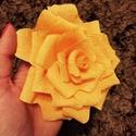 Krepp rózsa, Dekoráció, Vastag krepp papírból készült rózsa. A rózsákból csokrot is készítek, üzenetben érdeklő..., Meska
