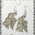 Angyalkás  fülbevaló, Ékszer, óra, Fülbevaló, Lógós angyalka ezüstözött fém fülbevaló. A figura mérete 2,5 cm. , Meska