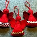piros filc angyalkák, Karácsonyi, adventi apróságok, Ajándékkísérő, képeslap, Karácsonyfadísz, Karácsonyi dekoráció, Bordó és piros gyapjú filcből készítettem ezeket az angyalkákat, enyhén tömtem őket. Díszítésük : ar..., Meska