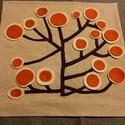 """Aplikált életfás párna, Otthon, lakberendezés, Lakástextil, Párna, Hímzés, Varrás, Saját magam készített kressvászon alapra készítettem ezt az életfát """"illusztráló"""" fát. levelei hely..., Meska"""