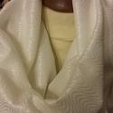 Hófehér körsál , Ruha, divat, cipő, Kendő, sál, sapka, kesztyű, Azonnal vihető darab.  150*40 cm-es körsálat készítettem jersey kelméből, kellemes, elegáns anyag.  ..., Meska
