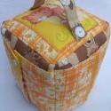 Oktató kocka, készségfejlesztő , Narancs-sárga-barna színvilágú oktató kocka, ...