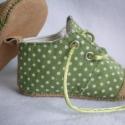 Tavaszi textilcipi, rendelhető 9-15 cm-es talphosszig, Zöld-fehér pöttyöske, fűzős, bőrorrú és b...