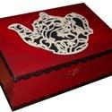 Piros teatartó doboz, Bútor, Otthon, lakberendezés, Tárolóeszköz, Doboz, Piros teatartó doboz 6 rekeszes Mérete: 21x16x7,5 cm Ha bármilyen észrevételed, kérésed vagy kérdése..., Meska