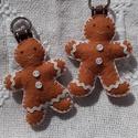 Mézis kulcstartó, Baba-mama-gyerek, Mindenmás, Kulcstartó, Varrás, Filcből készült kis mézi figura,kulcsod őrzője, vagy kedves ajándék is lehet.   5 cm magas szalag é..., Meska
