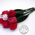 Tulipán csokor piros színekből , Dekoráció, Húsvéti apróságok, Ünnepi dekoráció, Patchwork, foltvarrás, Varrás, Textilből készült dekoratív tulipán csokor. 8db piros és fehér színek összeállítása. Darabonként550..., Meska