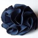Kék fodros habrózsa, Ékszer, Ruha, divat, cipő, Táska, Bross, kitűző, Sötétkék szirmok alkotják ezt a gyönyörű ékszert.  Kitűző alapra van varrva így áttehető bárhová.  K..., Meska