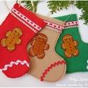 AkciÓÓ!!Mikulás csizmák 2100 helyett!, Karácsonyi, adventi apróságok, Karácsonyi dekoráció, Ajándékzsák, Ajándékkísérő, képeslap, Varrás, Patchwork, foltvarrás, Három kis mikuláscsizmát készítettem színes filc anyagból,  amivel díszíthetjük lakásunkat, adhatun..., Meska