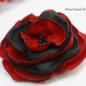 Akció! Kitűző,bross piros fekete pöttyökkel, Ruha, divat, cipő, Ékszer, Bross, kitűző, Piros alapon fekete pöttyös kitűzőm könnyed anyagokból készült, elegáns, picit bohém darab lett. Mér..., Meska