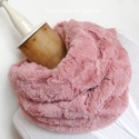 Mályva rózsaszín, vastag, puha körsál, Gyönyörű, világos, púderes, mályvás rózsas...
