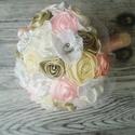 Esküvői Örökcsokor Csipkealjú fogóval, Esküvő, Esküvői csokor, Esküvői dekoráció, Varrás, Virágkötés, Menyasszonyi örökcsokor  20-22cm átmérője. Vegyes, finom árnyalatú színekkel, gyönggyel és rátétekk..., Meska