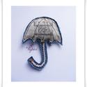 Rajzolt mintájú esernyő bross,kitűző, Ékszer, óra, Bross, kitűző, Varrás, Mindig legyen nálad esernyő!   Kitűző a kabátodra,vagy a a táskádra.  Farmerból, és rajzolt mintás ..., Meska