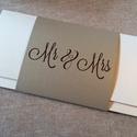 Mr és Mrs nászajándék-boríték, Naptár, képeslap, album, Esküvő, Képeslap, levélpapír, Nászajándék, Papírművészet, Nászajándék, pénzajándék átadására készítettem zsebes lapot krém és aranyszínű gyöngyházfényű karto..., Meska