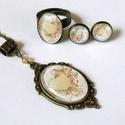 Love üveglencsés nyaklánc fülbevaló gyűrű szett, A szépen díszített antik bronz keretbe szívet ...