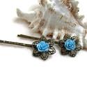 Rózsás hajcsat 1 pár - kék, Ruha, divat, cipő, Esküvő, Ékszer, Hajbavaló, 10 mm-es kék rózsákból készült hajcsat díszes alapon. Alkalmi vagy hétköznapi frizura tökéletes kieg..., Meska