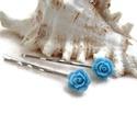 Rózsás hajcsat 1 pár - kék, Ruha, divat, cipő, Esküvő, Ékszer, óra, Hajbavaló, 10 mm-es kék rózsákból készült hajcsat egyszerű hullámcsat alapon. Alkalmi vagy hétköznapi frizura t..., Meska
