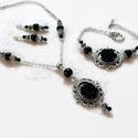 Fekete rózsás nyaklánc - fülbevaló - karkötő szett, Ékszer, Nyaklánc, Fülbevaló, Karkötő, Csodaszép, romantikus stílusú ezüst alapot fekete 15 mm-es rózsákkal és csiszolt gyöngyökkel díszíte..., Meska
