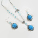 Türkiz rózsás nyaklánc és fülbevaló szett , Ékszer, óra, Nyaklánc, Fülbevaló, Karkötő, 14 mm-es kék virágokból és csiszoltakból készült szett, különleges kaboson alappal.  A lánc hossza 4..., Meska