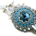 Csillogó álmok - aquamarine swarovski nyaklánc, Ékszer, óra, Esküvő, Nyaklánc, Esküvői ékszer, A medál alapja egy 14 mm-es swarovski rivoli, melyet kitűnő minőségű cseh és japán gyöngyökkel ölelt..., Meska