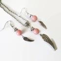 Fáradtrózsaszín jade ásvány angyalszárny nyaklánc fülbevaló szett, Ékszer, Karkötő, 8mm-es, rózsaszín jade ásványgyöngyből, angyalszárny medálból és tibeti ezüst csillagból készült nya..., Meska
