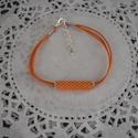 Selymes narancs karkötő