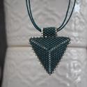 Tengerzöld háromszög nyaklánc