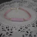 Jeges rózsaszín karkötő