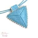 """Kék háromszög nyaklánc, Ékszer, Esküvő, Esküvői ékszer, Nyaklánc, A """"Hétköznapi kedvencek"""" kollekció kék nyaklánca, melyet kiváló minőségű japán delicából fűztem. A h..., Meska"""
