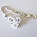 Fehér ezüst sujtjás könyvjelző - antik ezüst, A virágos könyvjelzőalapot sujtás motívum, ez...