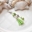Lime bojtos kulcstartó táskadísz , Dekoráció, Mindenmás, Ballagás, Kulcstartó, Lime és fehér gyöngyökből, szív alakú köztesből és lime velúrbojtból készült kulcstartó vagy táskadí..., Meska