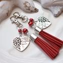 """Anya lánya piros bojtos kulcstartó táskadísz szett, A piros velúrbojt és a """"mother and daughter"""" fel..."""