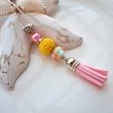 Rózsaszín sárga bojtos nyaklánc pandora gyönggyel, A nyakláncot különleges mintájú Pandora gyön...