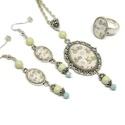 Bringaszezon üveglencsés nyaklánc fülbevaló gyűrű szett, Ékszer, Nyaklánc, Gyűrű, Fülbevaló, A medál antik ezüst keretbe foglalt minta, világoskék és krém gyöngyökkel díszítve. A fülbevaló és g..., Meska