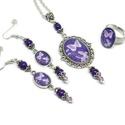 Éji pillangók üveglencsés nyaklánc fülbevaló gyűrű szett, Ékszer, Nyaklánc, Gyűrű, Fülbevaló, A medál antik ezüst keretbe foglalt minta, lila  gyöngyökkel díszítve. A fülbevaló és gyűrű egyszerű..., Meska