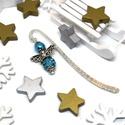 Akció -30% Shamballa angyalkás csillogó könyvjelző kék gyöngyökkel - antik ezüst, Ékszer, Naptár, képeslap, album, Dekoráció, Könyvjelző, Most 30%-os kedvezménnyel, 990.-Ft helyett 690.-Ft-ért!   Shamballa gömbből és teklagyöngyből készít..., Meska