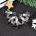 Fekete-fehér angyalka medál 5 dbos csomag, Dekoráció, Karácsonyi, adventi apróságok, Ünnepi dekoráció, Ajándékkísérő, képeslap, Az angyalkákat színes  akryl virágból, színben hozzá illő gyöngyből, filigrán gyöngykupakokból és ti..., Meska