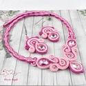 Rózsaszín elegancia sujtás nyaklánc karkötő fülbevaló szett esküvő alkalmi koszorúslány örömanya násznagy ünnepi elegáns, Ékszer, Esküvő, Nyaklánc, Esküvői ékszer, Ékszerkészítés, Varrás, Ez a szett egy csodaszép, dekoratív szett. Csupa-csupa, szívmelengető rózsaszín :) Sötét pink és ró..., Meska
