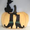Boszorkányos halloween tök cicával - 3D patchwork díszpárna szett - egyedi darab, saját tervezés, Dekoráció, Otthon, lakberendezés, Képzőművészet, Textil, Patchwork, foltvarrás, Varrás, Halloween 3D patchwork díszpárna szett, egyedi darab, saját tervezés. Tök: 40x33 cm, cica 19x11 cm...., Meska