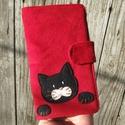 Kismacska piros kord irattartó és pénztárca , A mai világban rengeteg kártyával, cédulával,...