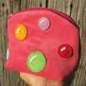 Buborékok eper színű kord neszeszer, Táska, Neszesszer, Ha unod, hogy minden apró dolog, ami nőiességünkhöz kell szétszóródik a táskádban neked aj..., Meska