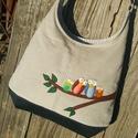 Baglyok drapp színű  kord pakolós táska, Szeretem a közepes méretű táskákat, mert korl...