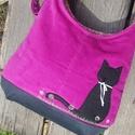 Fekete macska püspöklila színű  kord pakolós táska, Táska, Válltáska, oldaltáska, Szeretem a közepes méretű táskákat, mert korlátoznak, hogy mit is vigyek magammal. De sokan a pakoló..., Meska