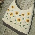 Napraforgók beige színű  kord pakolós táska, Táska, Válltáska, oldaltáska, Szeretem a közepes méretű táskákat, mert korlátoznak, hogy mit is vigyek magammal. De sokan a pakoló..., Meska