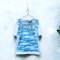 Kék batikolt tunika, Ruha, divat, cipő, Női ruha, Felsőrész, póló, Blúz, Varrás, Vékony pamutvászonból készült tunika. Világos szürke pamut futterből az ujjak, oldalsó betétek, pas..., Meska