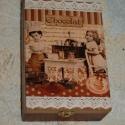 Csokikészítő lányok - teásdoboz, Otthon, lakberendezés, Tárolóeszköz, Ez a 6 rekeszes teás doboz tömör fenyőből készült, melyet decoupage technikával díszítette..., Meska