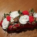Amore rózsák , Dekoráció, Szerelmeseknek, Dísz, Horgolás, Újrahasznosított alapanyagból készült termékek, Újrahasznosított kartonlapra ragasztott textilből készült virág box. Méret: 25x14cm. Valentinnapra,..., Meska