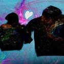 Kozmikus kapucnis pólópáros, Baba-mama-gyerek, Ruha, divat, cipő, Gyerekruha, Gyerek (4-10 év), A tejút színei ihlették ezt a nem hétköznapi kapucnis pólópáros. Kitűnő és egyedi öltözködése lehet ..., Meska
