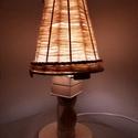 Fa Éjjeli lámpa E27 T2, Otthon & lakás, Lakberendezés, Lámpa, Asztali lámpa, Famegmunkálás, Szövés, Lámpáink kézzel készült egyedi darabok. Éjjeli, asztali lámpának egyaránt alkalmas. A lámpabúra gya..., Meska